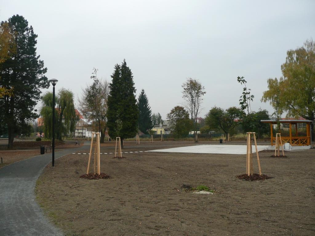 Tlumačov - park Sokolská